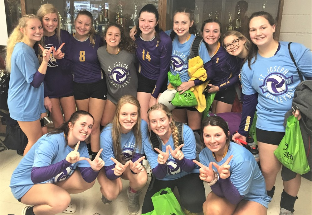 Volleyballers Win First Game at State